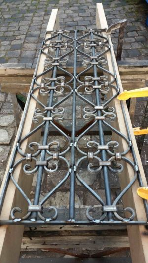 Grille-a-Volutes