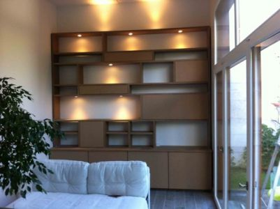 Bibliotheque-médium-leds-allumees