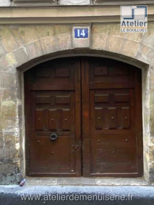 PORTE COCHERE 14 RUE MAITRE ALBERT PARIS 5