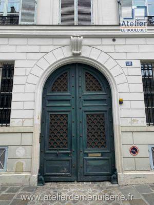 PORTE COCHERE 20 RUE LAS CASES PARIS 7