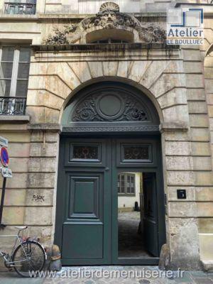PORTE COCHERE 5 RUE DU MAIL PARIS 2