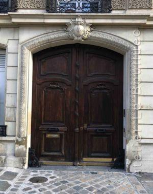 Porte Cochère Louis Xiii - 14 RUE DU GENERAL FOY PARIS 8