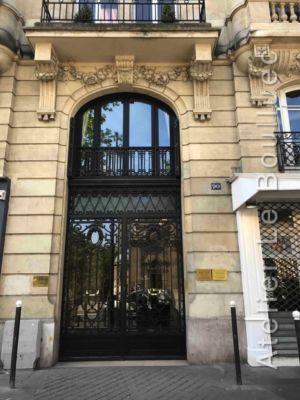 Porte Cochère Acier - 68 BD DU MONTPARNASSE PORTE FER FORGE AVEC BAIE D\'ENTRESOL