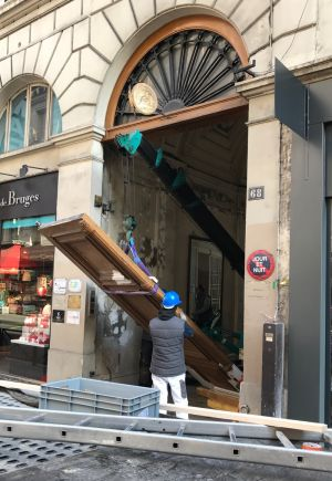 Porte Cochère Monumentale 68 Rue De La Chaussé D'Antin - 10 - En Cours De Repose
